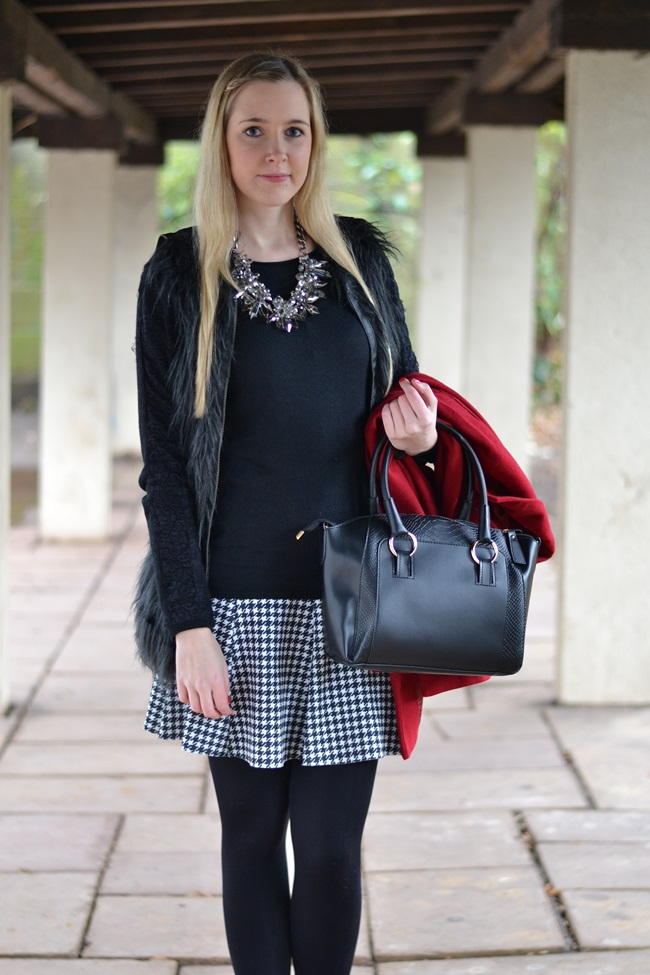 Outfit roter Mantel Asos (5)