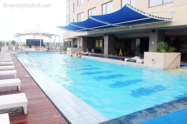 Swimming Pool Wings : The bellevue hotel star filipino luxury hospitality