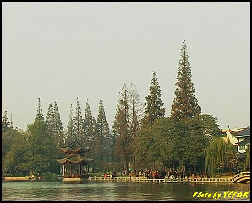 杭州 西湖 (其他景點) - 522 (西湖十景之 柳浪聞鶯 在這裡準備觀看 西湖十景的雷峰夕照 (雷峰塔日落景致)