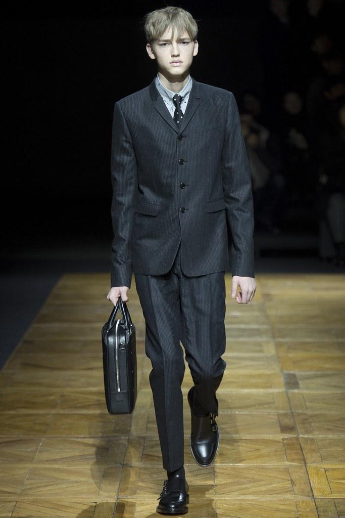 FW14 Paris Dior Homme010_Valerio Schmidt(VOGUE)
