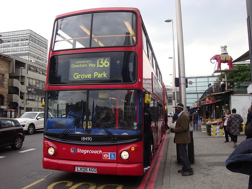 Stagecoach London 18490 on Route 136, Elephant & Castle