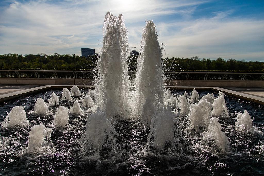KenCen Fountain