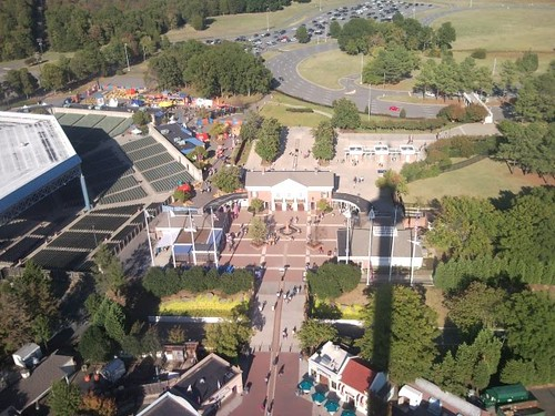 Carowinds Plaza
