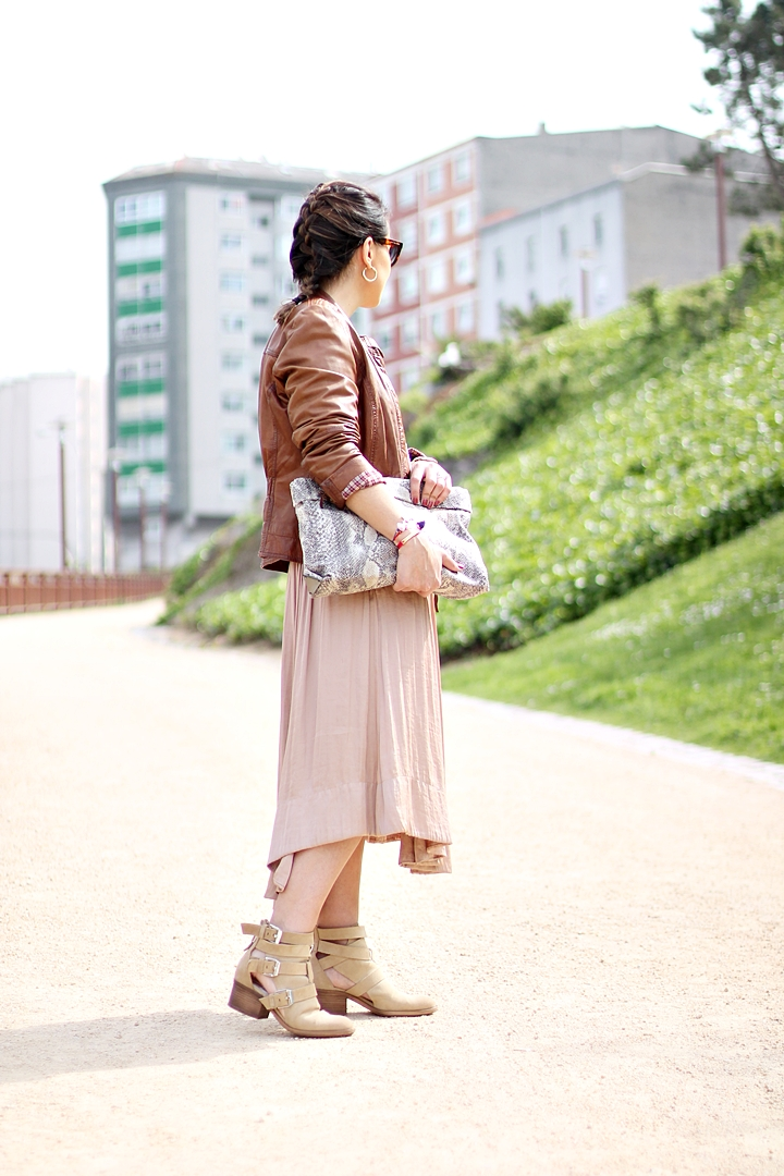 Midi_skirt-leather_jacket-Marc_by_Marc_Jacobs-Mango_street-street_style-outfit