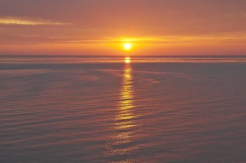 【写真】離島めぐり : 桃岩荘前・落陽
