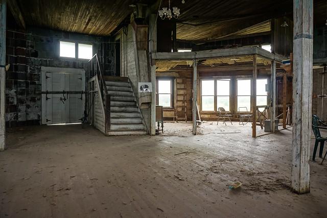 Wickfield Round Barn - Main Floor