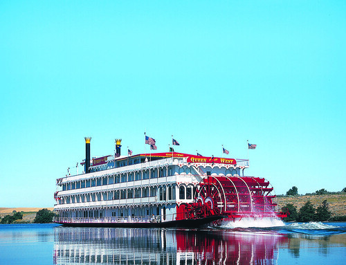 Queen of the West paddlesteamer