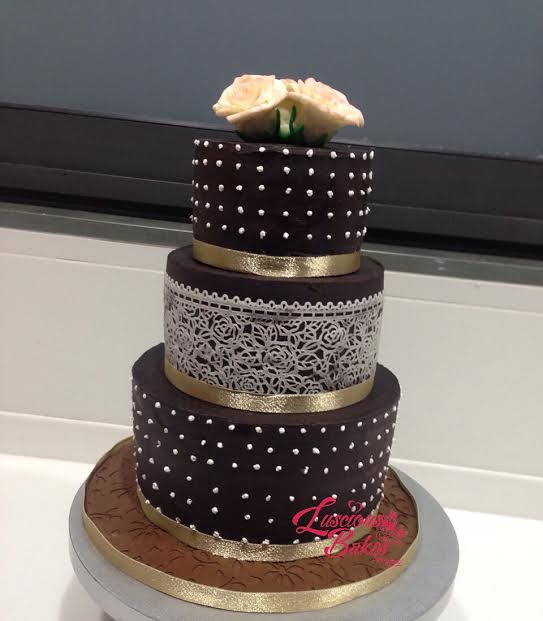 Engagement Cake by Rashmi Agrawal of Luscious Bakes by Rashmi