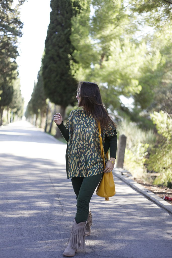 07_GREEN_LOOK_FOR_AUTUMN_WITH_RÜGA_FASHION_BLOGGER_THEGUESTGIRL