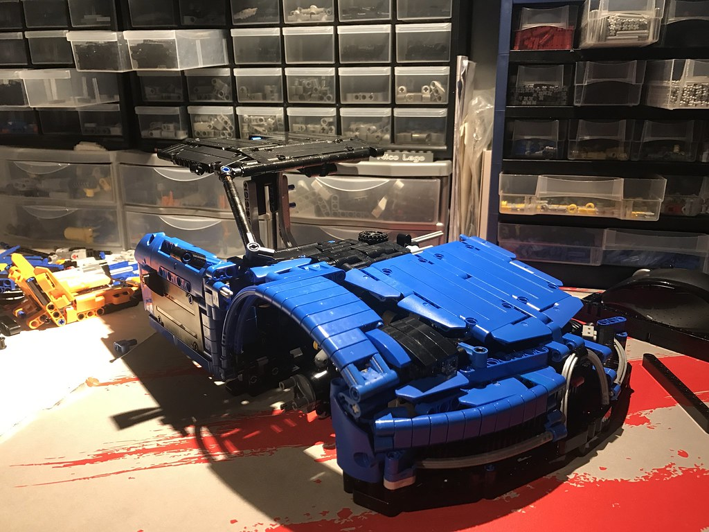 wip bugatti chiron 1 8 page 2 lego technic mindstorms model team eurobricks forums. Black Bedroom Furniture Sets. Home Design Ideas