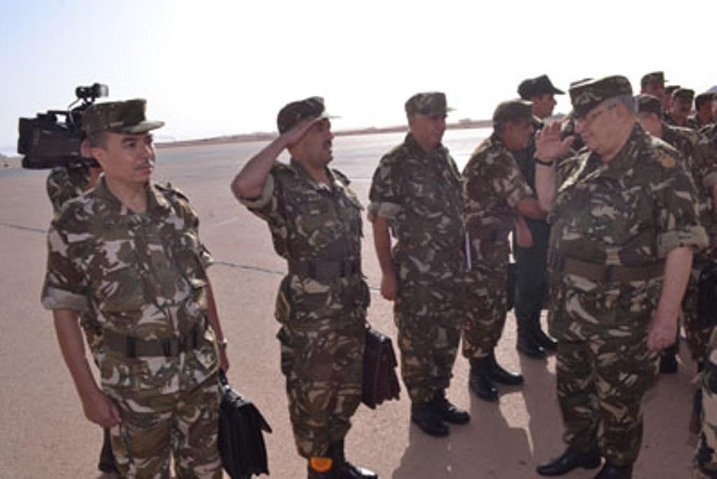 الجزائر : صلاحيات نائب وزير الدفاع الوطني - صفحة 4 30776481855_fcca22e1eb_o