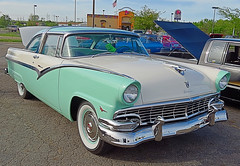 automobile, automotive exterior, 1955 ford, vehicle, antique car, sedan, classic car, land vehicle, luxury vehicle, motor vehicle,