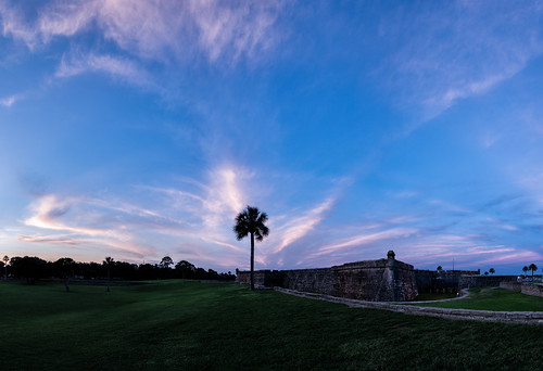 pink blue sunset sky panorama usa cloud color tree green weather architecture landscape day florida fort dusk path military palm manmade features staugustine armedforces pwpartlycloudy