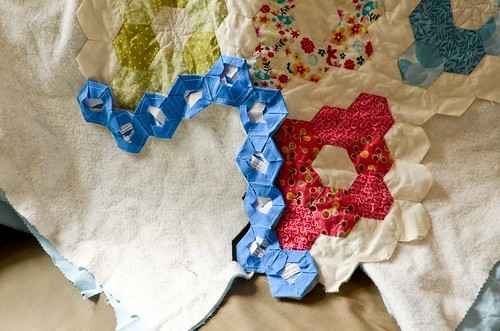 Non-Traditional Hexagon Quilt Binding Tutorial