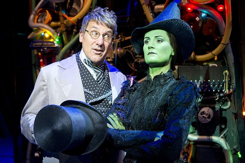 Dale Rapley (The Wizard) and Nikki Davis-Jones (Elphaba). Photo © Matthew Crockett