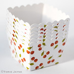 Cherry print baking cups