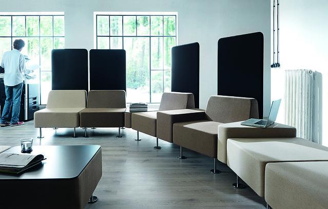 krzesla-recepcyjne-wall-in-24