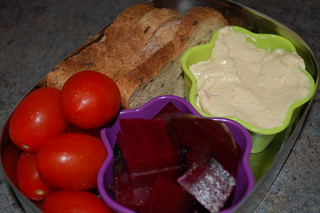 gf bread, hummus, roasted beets, grape tomatoes gluten-free, vegan bento