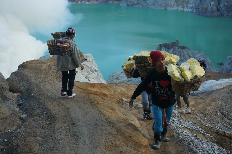 On the way down to the acidic lake of Ijen