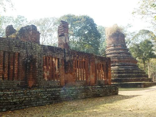 TH-Kamphaeng Phet-Wat Phra Non (2)
