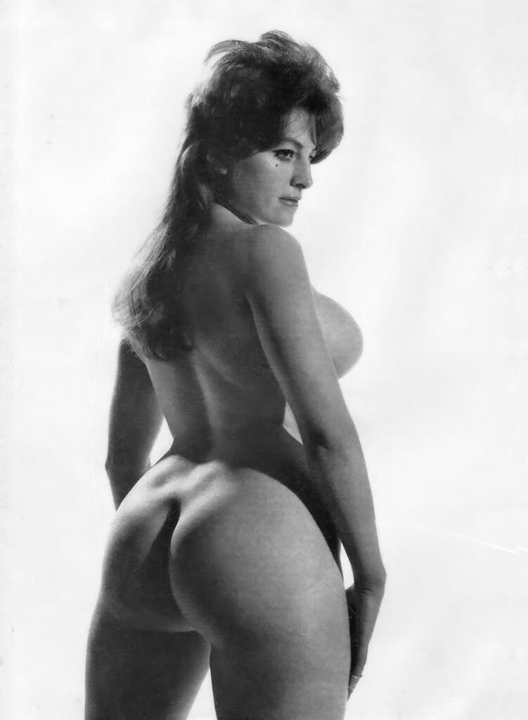 Busty paula page posing naked 1950s vintage 3