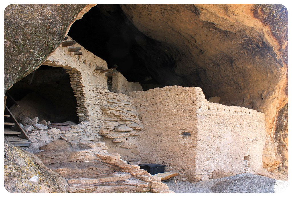 gila cliff dwellings cave