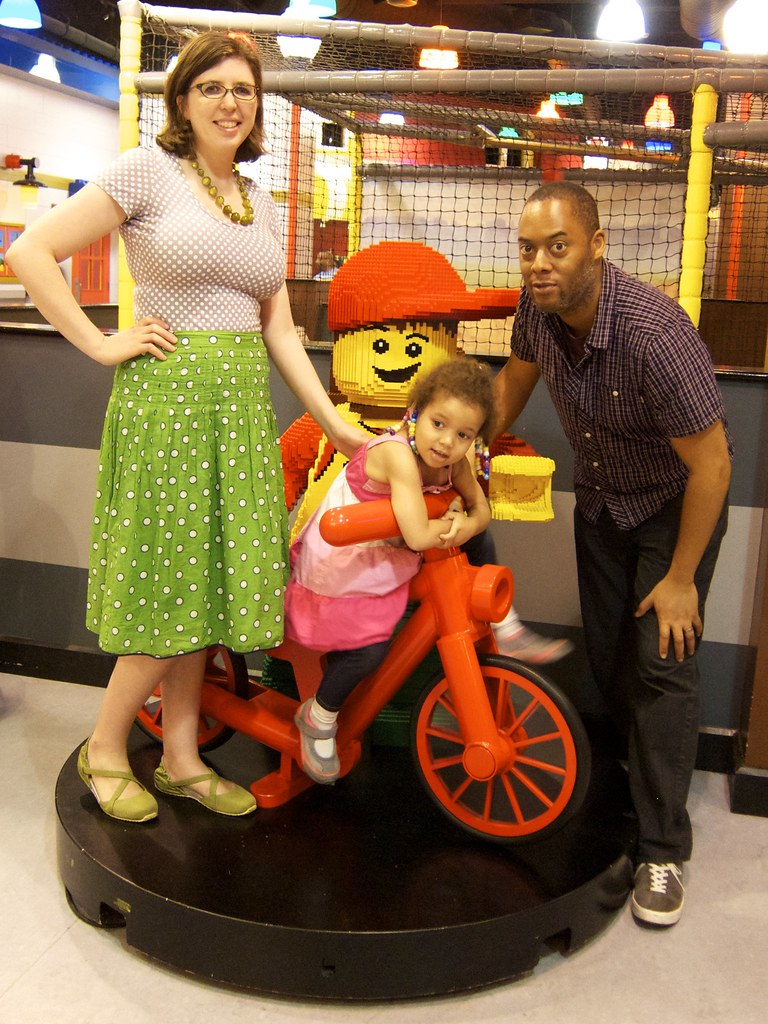 Me Made May 18: Nettie goes to Legoland