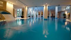 resort VILA PORTO MARE . Indoor/Outdoor Pool