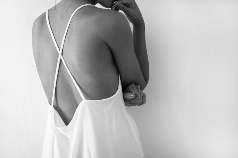 White-dress-001