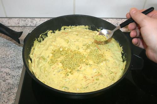 42 - Gemüsebrühe unterheben / Fold in instant vegetable stock