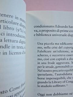 Come finisce il libro, di Alessandro Gazoia (Jumpinschark). minimum fax 2014. Progetto grafico di Riccardo Falcinelli. Citazioni di brani di testo, rientrate come al capoverso a six, idem a dx: a pag. 17 (part.), 1