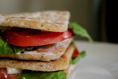 blt, sandwich, meal, lunch, breakfast, food, dish, cuisine,