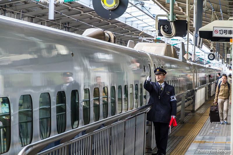 Shinkansen de la serie 700 en Shin-Osaka
