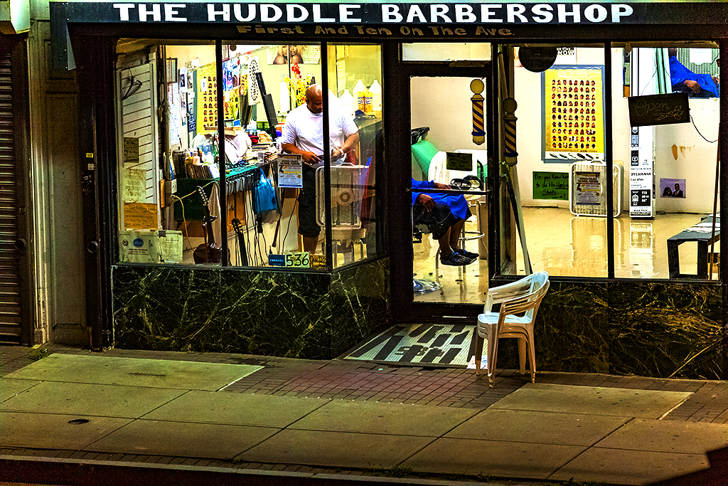 THE-HUDDLE-BARBERSHOP--Chester