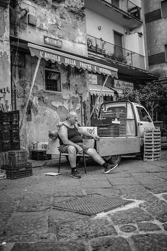 Naples markets #5 - B&W by Davide Restivo