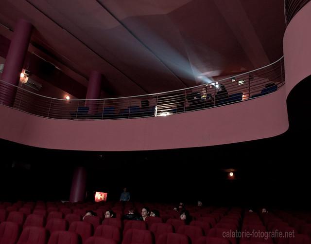 Comedy Cluj. Atmosfera unică a unei săli de cinema, capturată cu Nikon D90 10235898713_8fcf879b5e_z