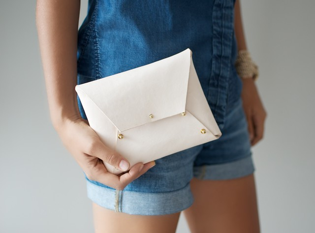 DIY Leather Clutch (2)