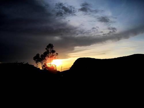 silhouette sunrise pattipola