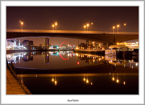 Kingston and Clyde arc Bridges at Night