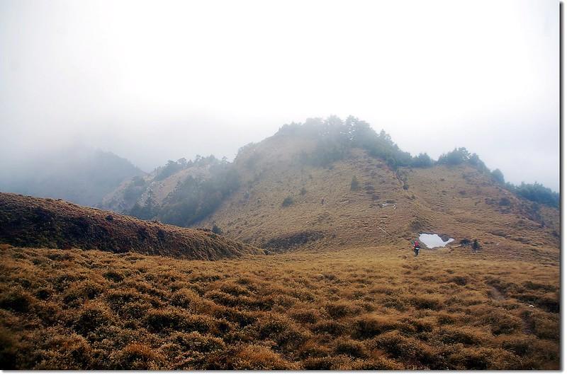 南雙頭山下營地 1