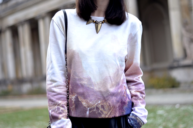 Breaking Rocks Blogger Outfit Landscape Sweatshirt CATS & DOGS Berlin blog 6