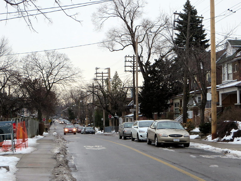 Shaw north of Bloor, where cars park on right of contra-flow lane