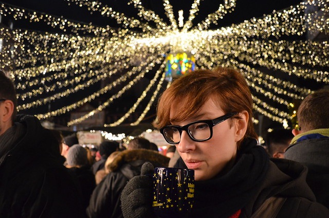 Mainz Weihnachtsmarkt Kate with Gluhwein