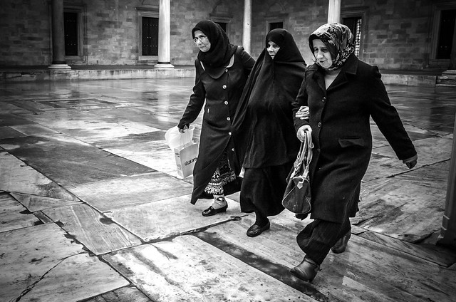 Going to the mosque (In explore 24-01-2014)