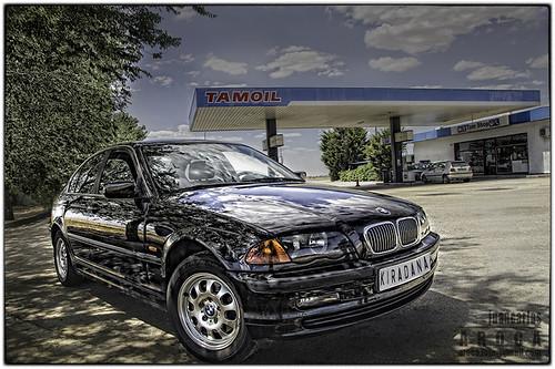 BMW }