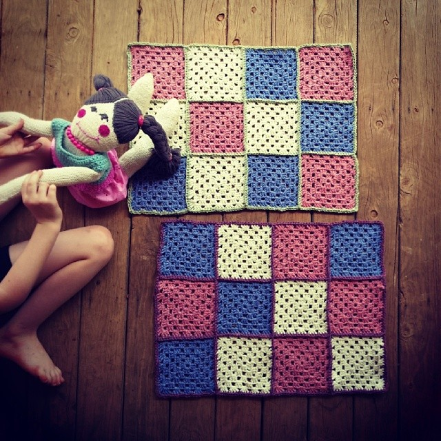Feels good to be putting the finishing touches on this project today - these squares have been in my project basket for way too long.... They're now ready to felt!