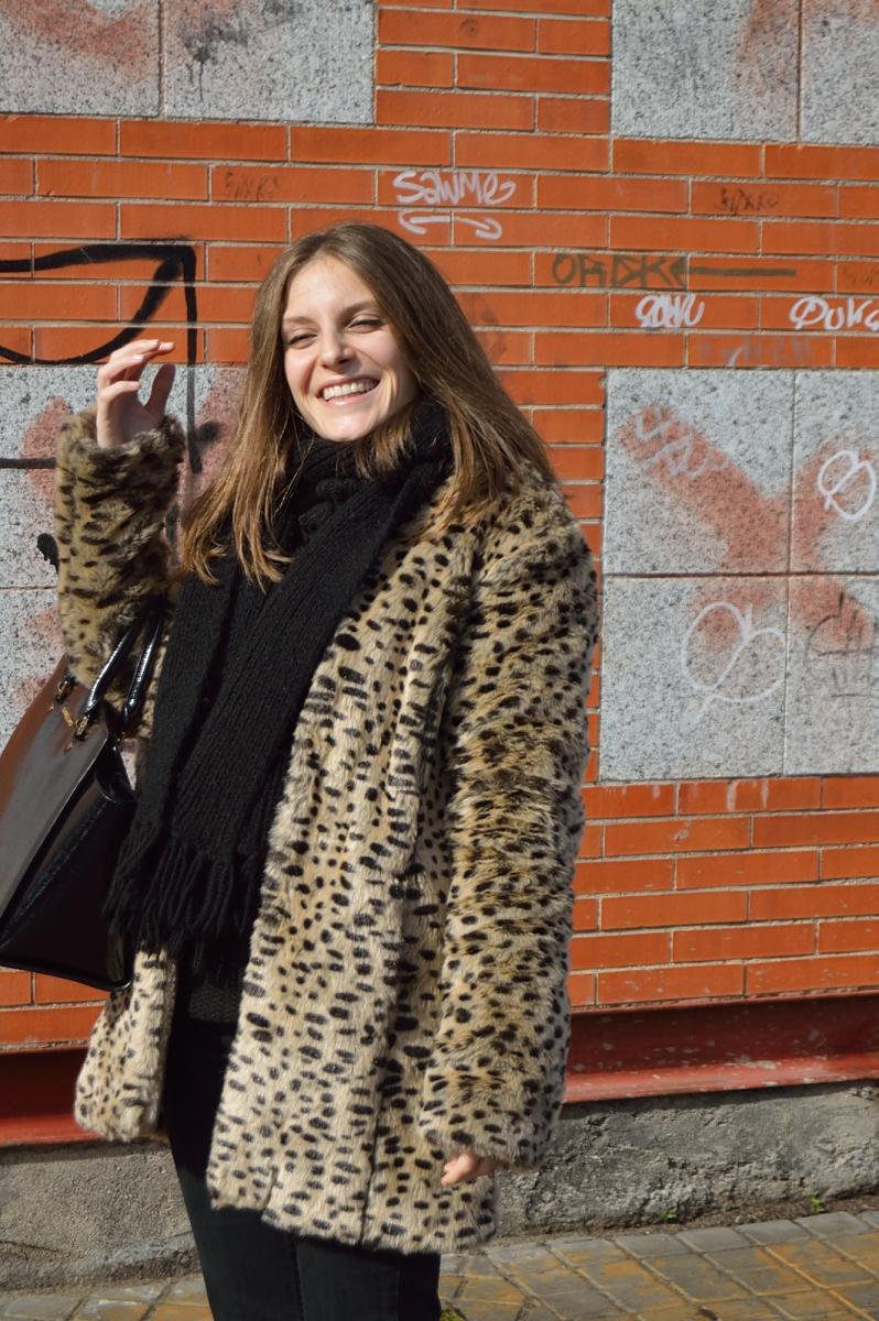 lara-vazquez-madlula-blog-leopard-coat-fashion