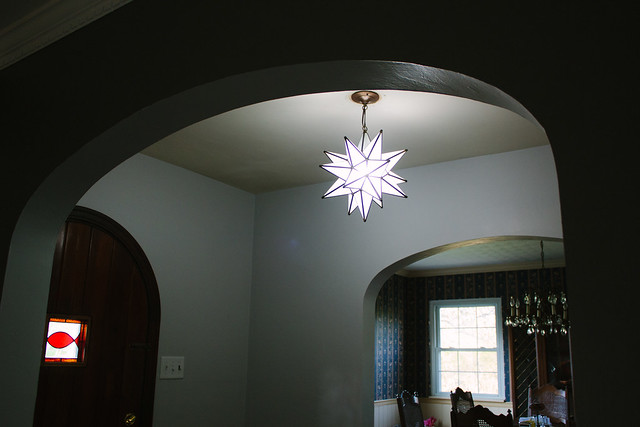 entryway light: new!