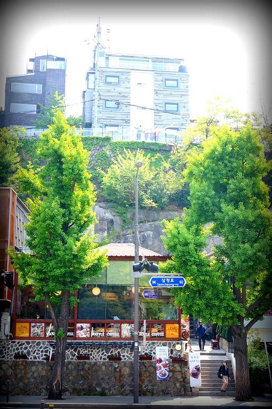 Seoul, Korea - Nostalgic Charm in Urban Seoul - Samcheong-dong-006