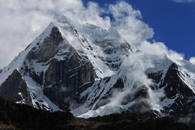 Siula Grande, Cordillera Huayhuash.